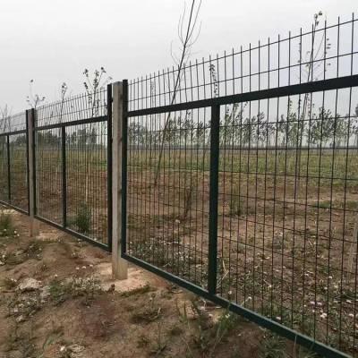 惠州轨道防爬行护栏网 防护铁丝网厂家 铁路带边框网片加高刺网
