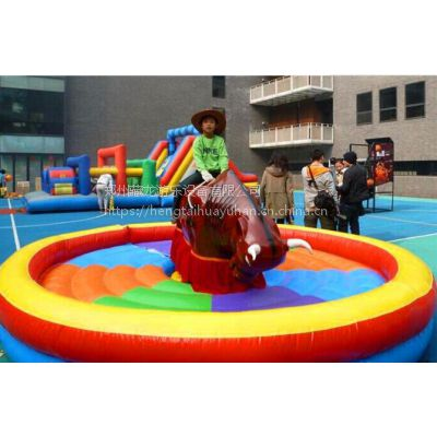 充气垫疯狂斗牛机游乐设备 趣味运动会道具斗牛机 户外拓展训练器材斗牛机