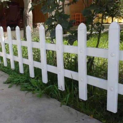 浙江衢州柯城小区塑钢护栏网 宁夏pvc塑钢道路护栏 草坪护栏批发