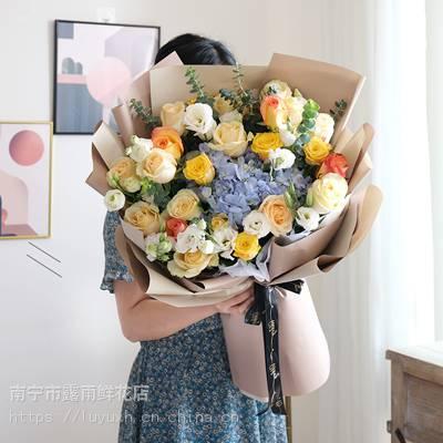 广西南宁鲜花礼品预订电话152965)64995广西南宁市鲜花礼品送人推荐