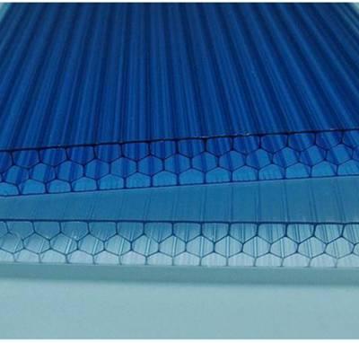 蜂窝阳光板,雨晴佳美阳光板 广东阳光板厂家定制