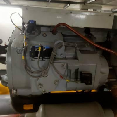 约克压缩机维修水源热泵进水维修更换铜管