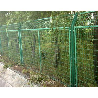 双边丝护栏网 框架护栏网 绿色隔离栅 铁丝防护围栏 厂家直销现货