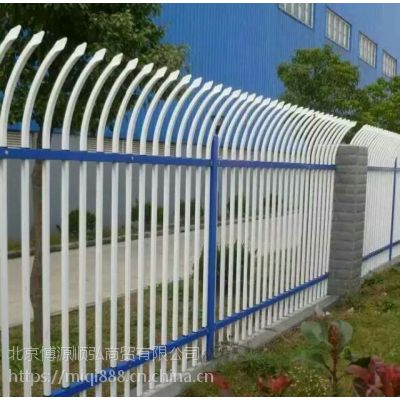 Q235铜川喷塑围墙栏杆,HC铜川锌钢交通护栏,仿竹草坪栅栏,仿木纹河道围栏,