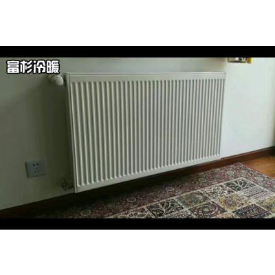 上海暖气片安装公司哪家好?上海老房明装暖气片公司推荐。