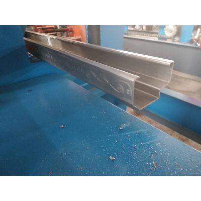地鑫出售飞锯切割弧形门框机 小型防盗门框成型机设备