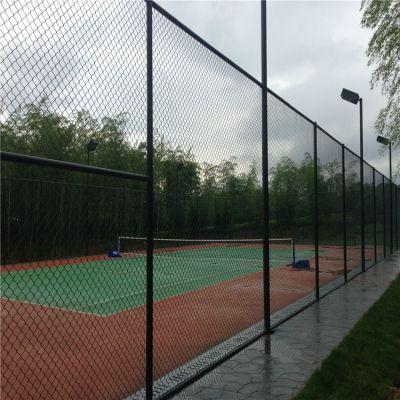 雄丰 学校操场围网 安装定做球场隔离栅 绿色包塑勾花护栏