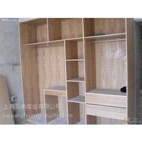 上海木匠师傅安装家具 安装办公桌椅 安装大班台 密集架