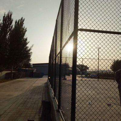 郑州哪有卖球场防护网的厂家