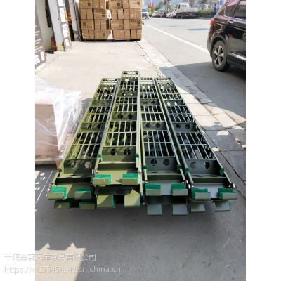 东风宿营车EQ51118登车爬梯原厂直销