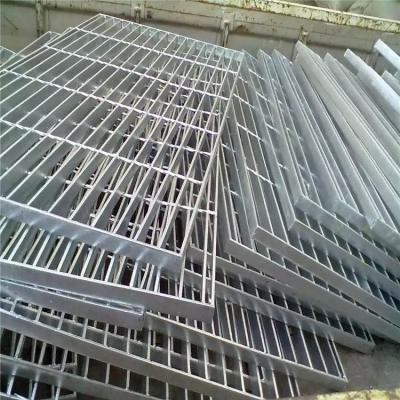 钢楼梯踏步板 踏步板厂家 格栅板重量