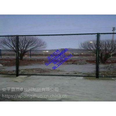 学校操场护栏网篮球场围栏网体育场地护栏网厂家直销
