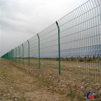厂家直销绿色养殖围栏网 双边丝公路护栏网 场地防护网可定制
