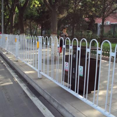 河源公路车道分离栅价格 人行道护栏定做 京式护栏现货
