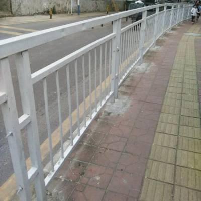 惠州惠东人行隔离栏现货 机动车分隔护栏型号 鹅埠镇市政护栏供应