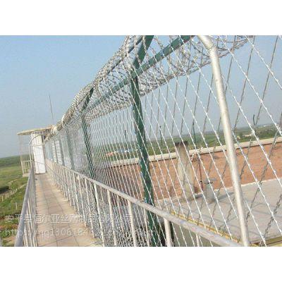 球场围网厂家/刺绳护栏网/农林防护网/防攀网