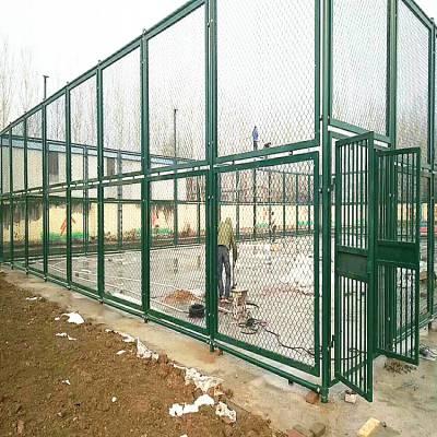 河北田径场围网厂家 不锈钢护栏 网球场围栏网多少钱