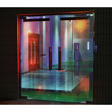 LED透明显示屏 LED隐形显示屏 LED橱窗广告屏