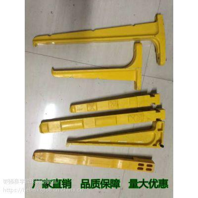 浙江杭州 玻璃钢预埋螺钉电缆支架托臂价格