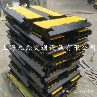 地槽板 电缆地槽板 橡胶地槽板 电线地槽板 线缆地槽板 PU地槽板 PVC地槽板