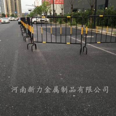 厂家定制 热镀锌可移动护栏 修路用隔离护栏 施工铁马 河南新力大量供应