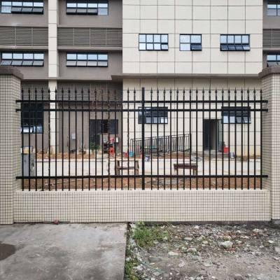 中山镀锌隔离栏 惠州铁艺栅栏 佛山生活区护栏