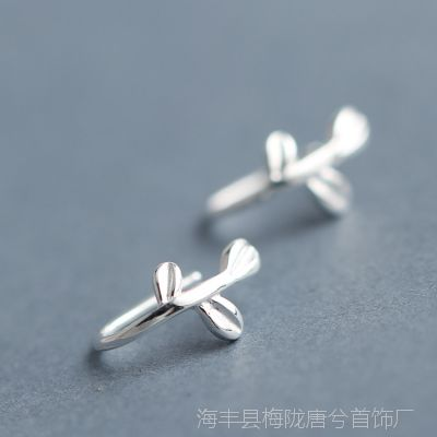 s925纯银饰品树叶子耳环女气质韩国个性百搭迷你耳钉精致潮流耳钩
