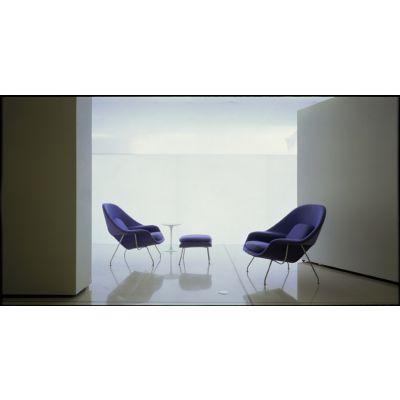 包裹感优的现代休闲子宫躺椅