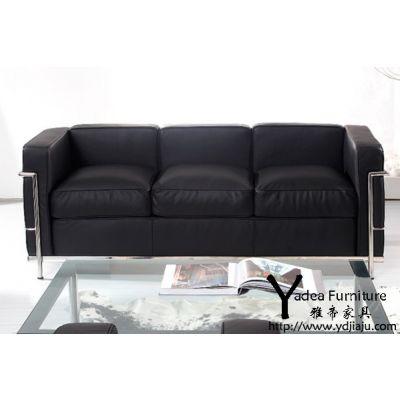 客厅显大气的需标配舒适现代沙发