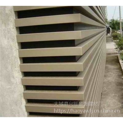 青岛木纹铝方通 | 外墙装饰木纹铝方通