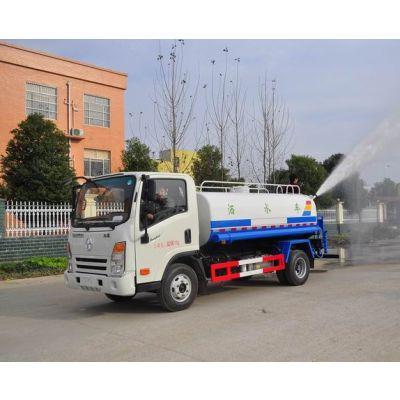 道路洒水、清洗作业和喷雾降尘的多功能高压清洗车
