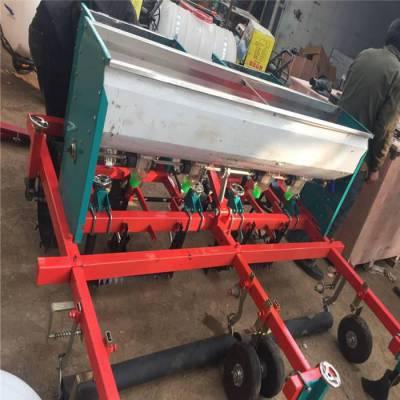 四轮 牵引式玉米播种机 多功能汽油精播机润丰