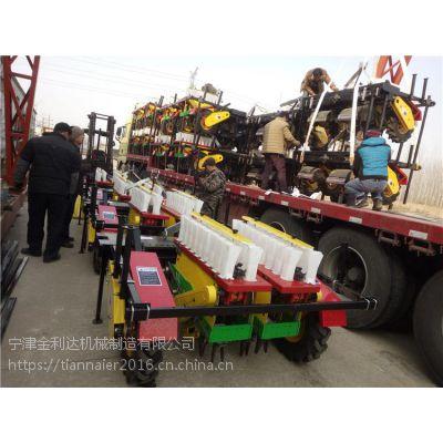 2018年田耐尔第一笔开门红大订单36台移栽机发货了