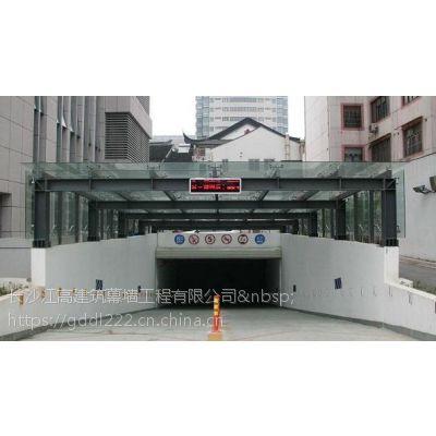 承接观光电梯玻璃幕墙+支点式玻璃幕墙+玻璃雨棚丨长沙江高幕墙公司