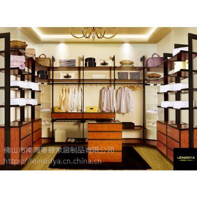 佛山衣帽间装修订制,雷诺帝娅板式家具订制,步入式衣帽间订制