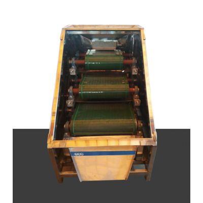 三层皮带除铁机 除铁锰设备 石英干式选铁设备 长石干粉除铁器 粉料除铁器 永磁磁选设备