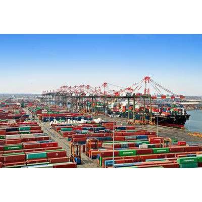 RFID港口资产管理利用RFID技术.实现重要物资管控.通过识别RFID标签,实时掌握设备动态和去向