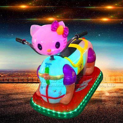 卡通KT猫发光玩具车儿童音乐车双人碰碰车儿童漂移车