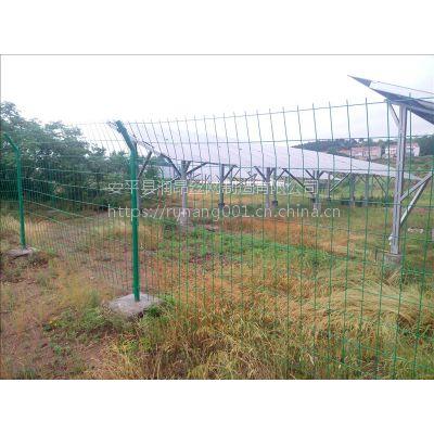 现货双边丝护栏网、绿色护栏网多少钱一米、润昂直销Q235隔离网、围栏网系列产品