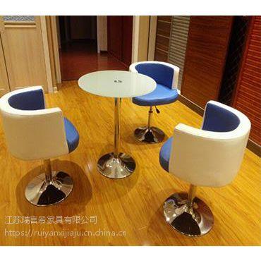 一桌三椅玻璃圆桌咖啡台 简约时尚办公接待桌椅组合