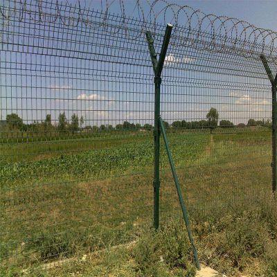 车间隔离定做 高速公路护栏网 厂区铁丝栏围墙