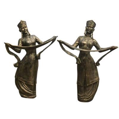 铸铜蒙古舞蹈人物雕像玻璃钢蒙古民族团结跳舞雕塑献哈达造型女人铜塑像草原广场装饰摆件