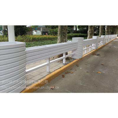 pvc马槽花箱 pvc户外隔离花箱 pvc街道绿化花箱PVC微发泡花箱厂家