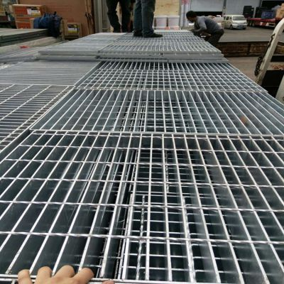 河北格栅板厂家供应镀锌异形格栅板 定做钢格板 防滑防腐齿形钢格板