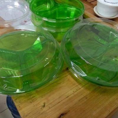 供应7.5公分75克80克pvc月饼底托方形食品塑料内托盘蛋黄酥内托烘焙内衬