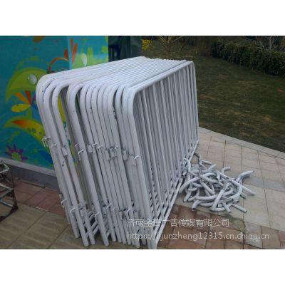 錱錱济南出租移动厕所长条桌铁马护栏小方凳贵宾椅