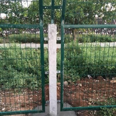 清远铁路防护栅栏价格 广州边框式防攀焊接网片 广珠防爬栅栏