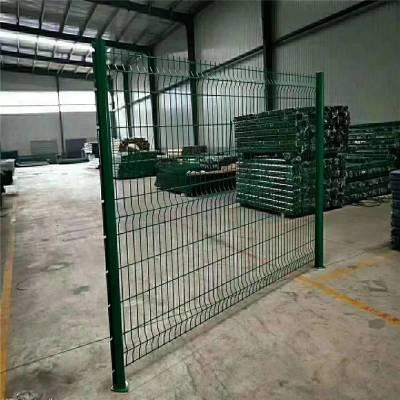 围墙护栏网生产 球场围网多少钱一平方 运动场护栏网