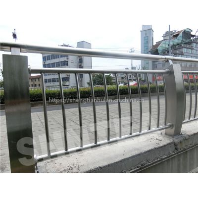 桥梁护栏 不锈钢复合管桥梁护栏 不锈钢复合管护栏