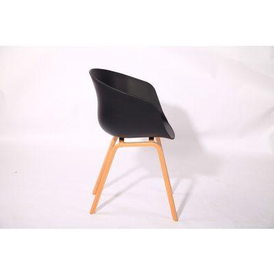 现代休闲风格的餐椅舒适耐用